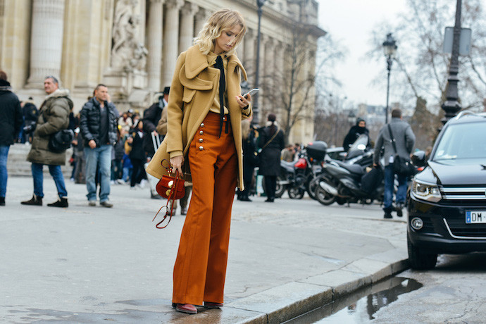 paris-street-style-haute-couture-ss-2015-lena-perminova-690x460