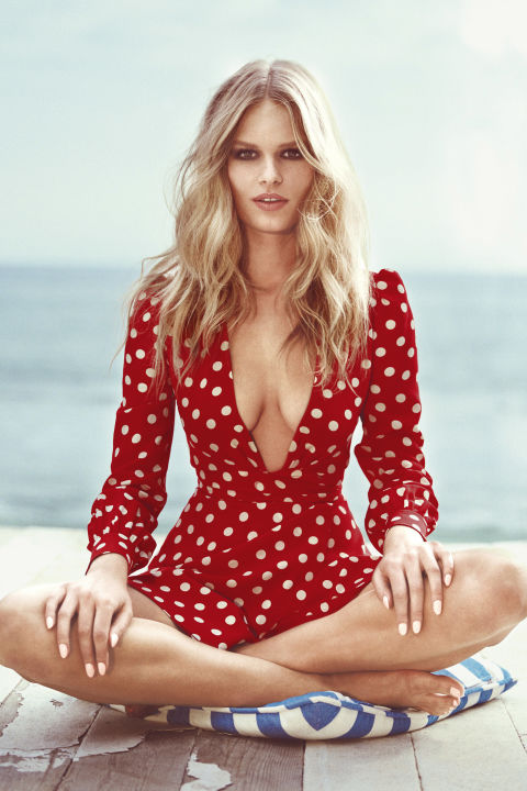 gallery-1428426940-hbz-may-2015-anna-ewers-cover-07