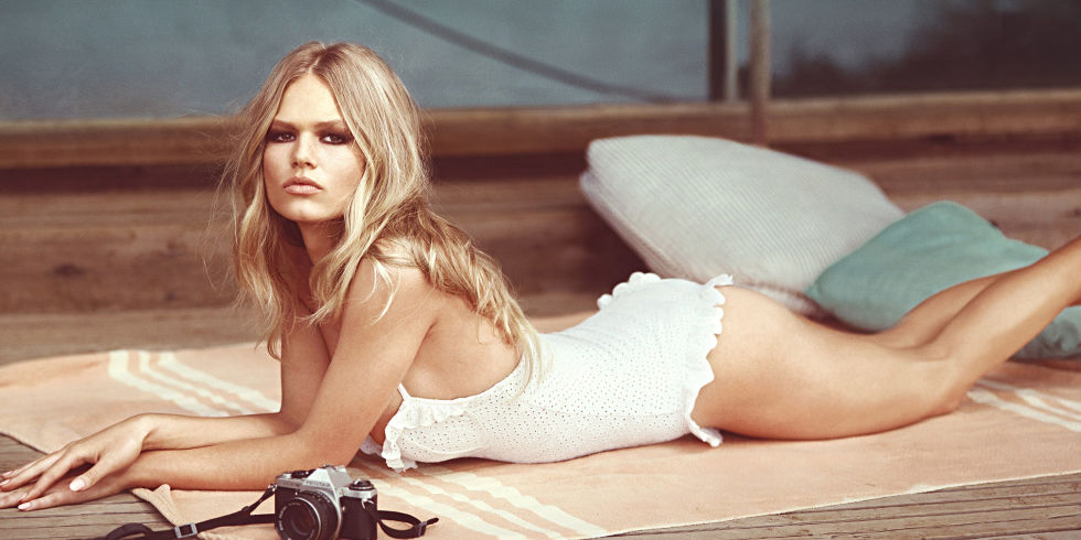 landscape-1428509471-hbz-may-2015-anna-ewers-cover-02-index