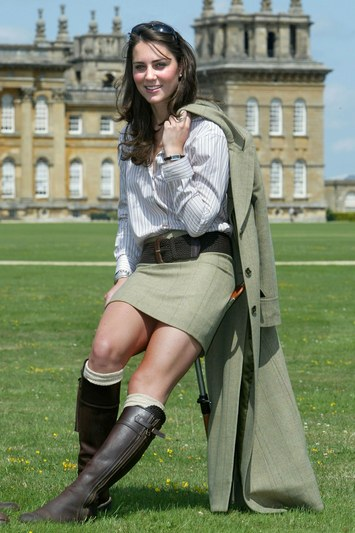 kate-middleton-penelope-chilvers-boots-blenheim-2004