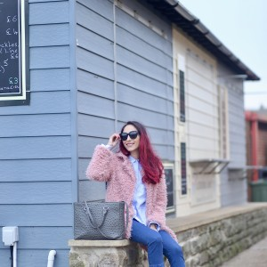Fluffy coat and flared frill hem jeans